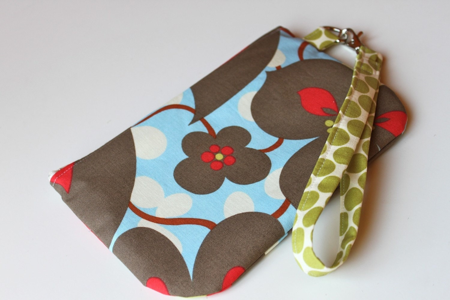 The Claire Wristlet - Morning Glory print