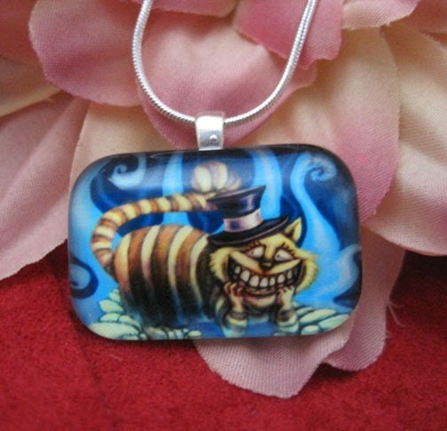Wonder Cat Cheshire Fantasy Glass Pendant