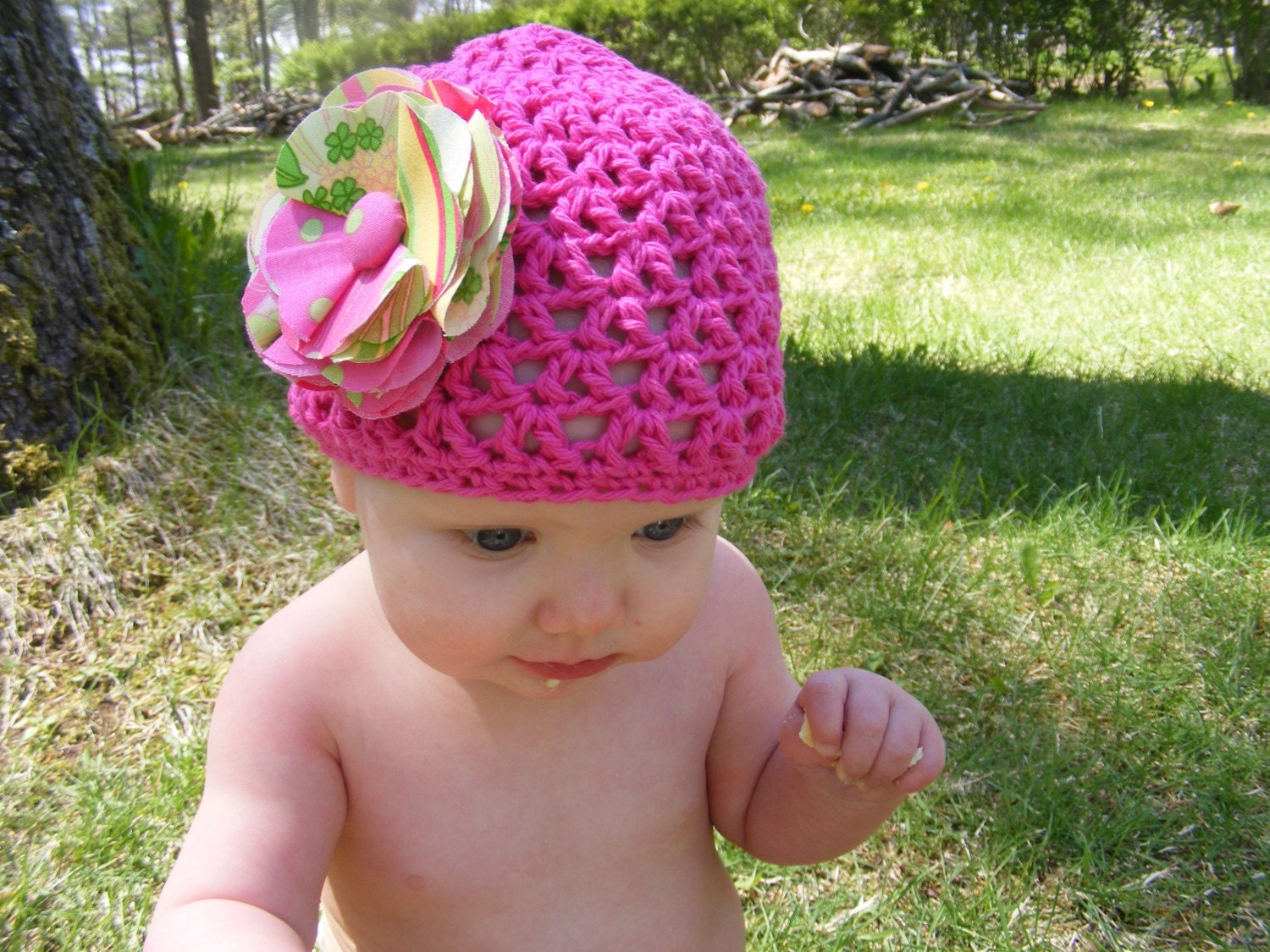 Great Deal 2 Interchangeable flower clips, one hat, and one headband 12-24 months