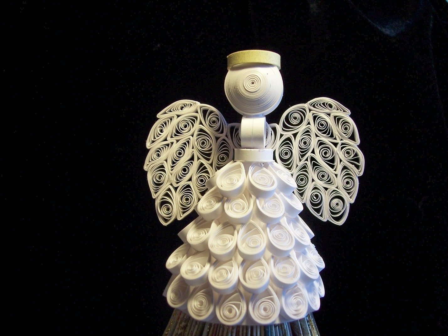 2010 All White Angel Ornament