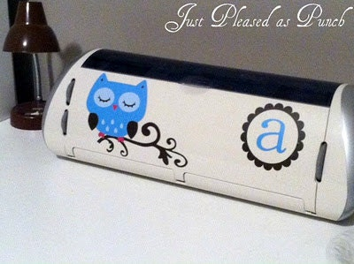 Vinyl Owl Monogram Decal for your Cricut Expression