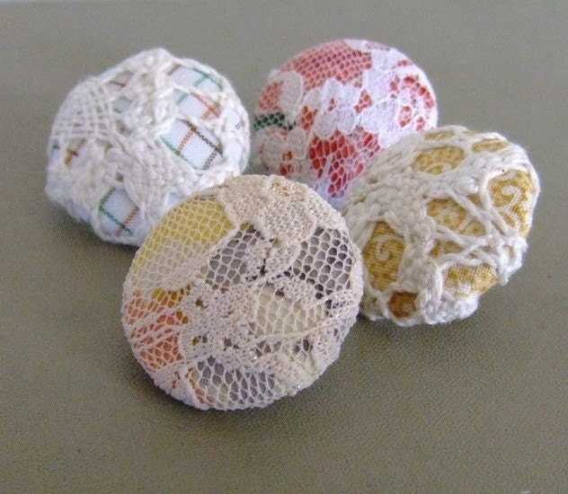 no. 130 - fabric and lace badge