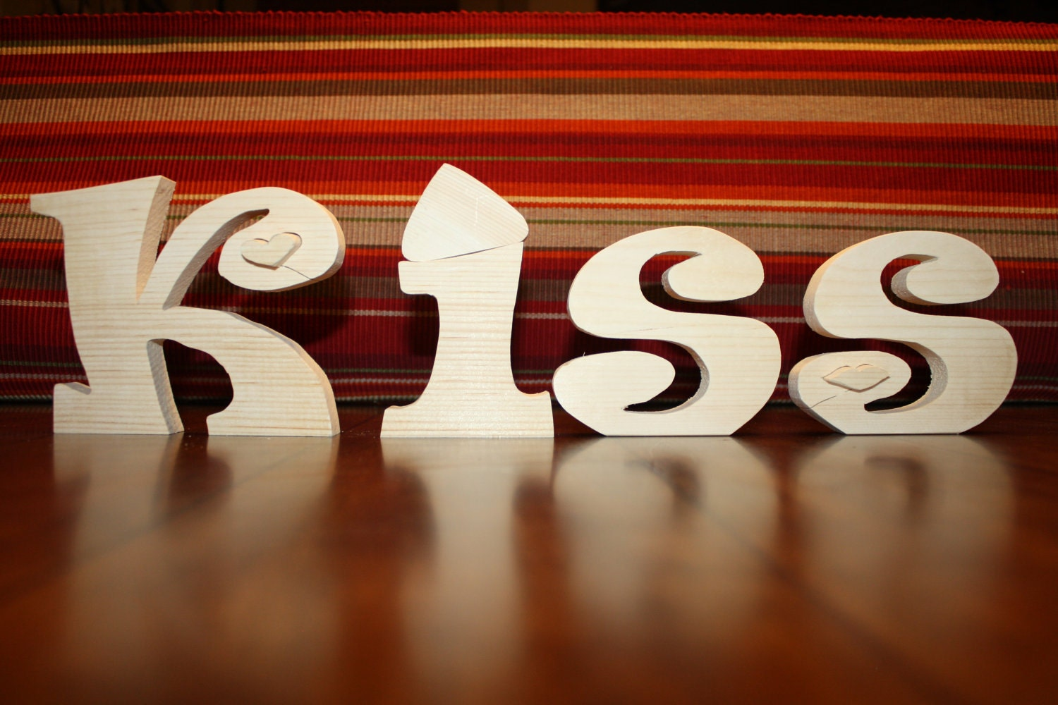 UNFINISHED Valentine Kiss wood letters