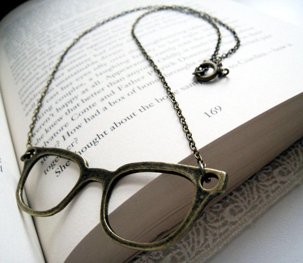 Antique Brass Eyeglasses Necklace