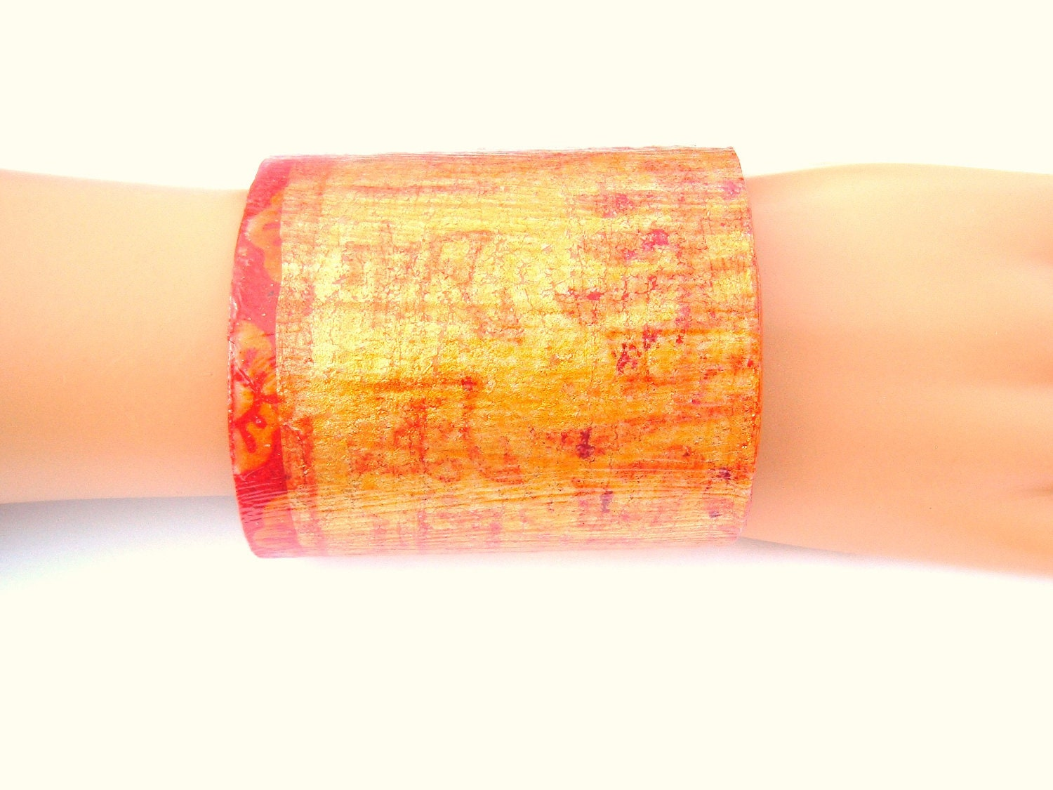 A Decoupage Cuff Bracelet red and gold from a vintage Chinese Restaurant Napkin