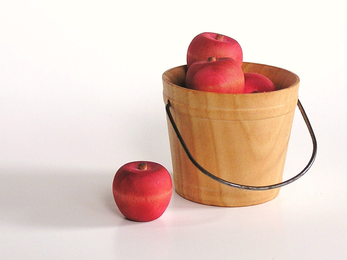 Wooden -Waldorf- Kids -Toy-Wood Toy- Autumn Harvest Apples - applenamos