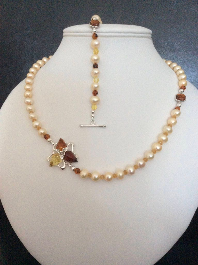 Champagne Pearl and Baltic Amber Necklace and Bracelet Set