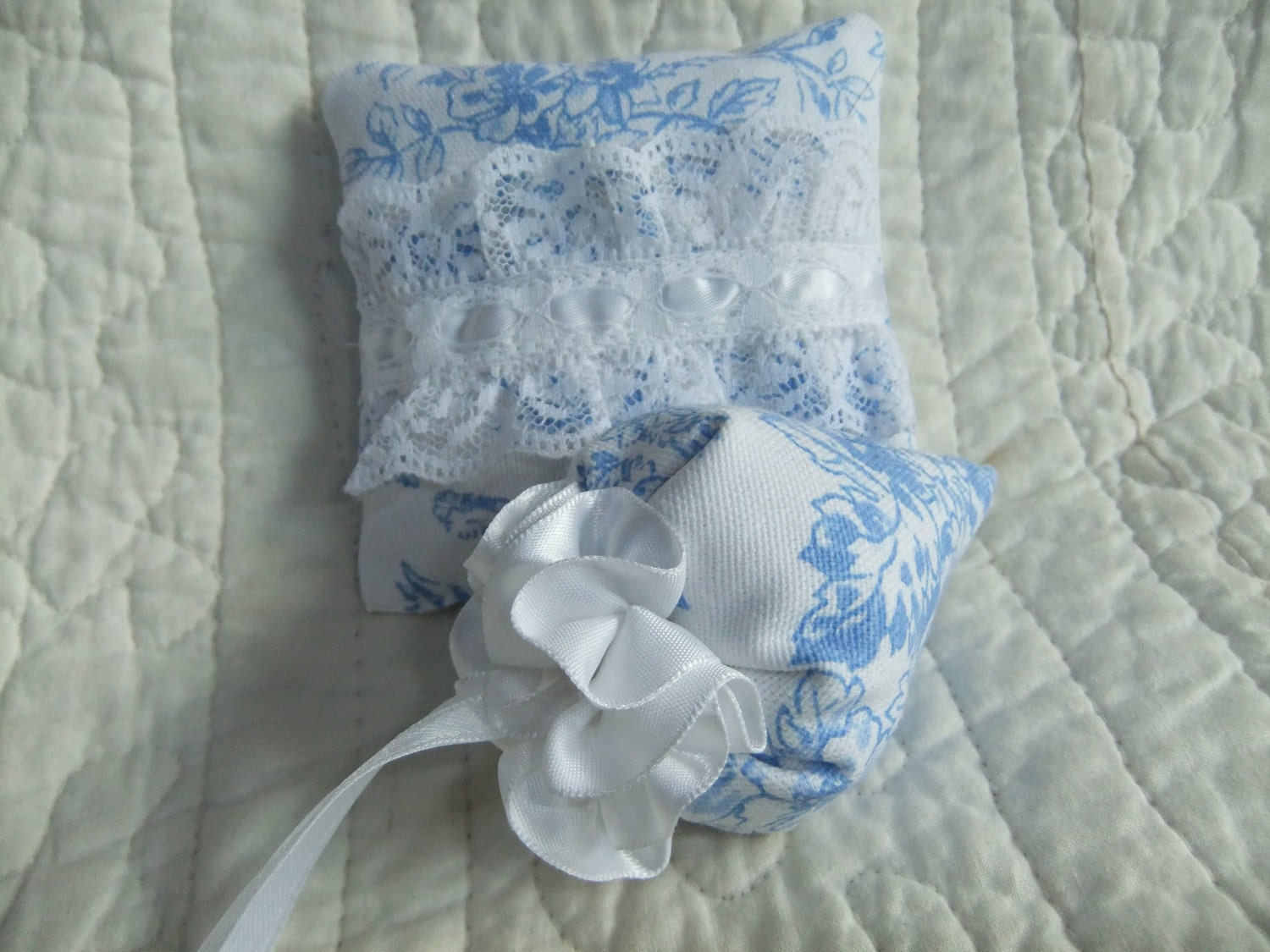 Lavender Sachets - Set of 2 - Blue and White Linen Square and Strawberry Hanging Style