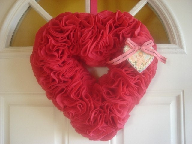 Gorgeous Hot Pink Vintage Valentine Open Heart Rosette Wreath