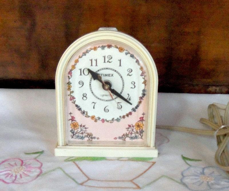 vintage timex clock girls bedroom alarm clock by misstiques