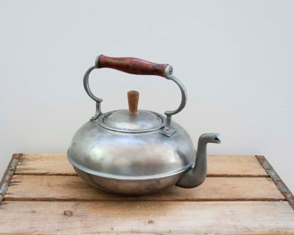 Vintage Bongusto Pweter Teapot with Rosewood Handle