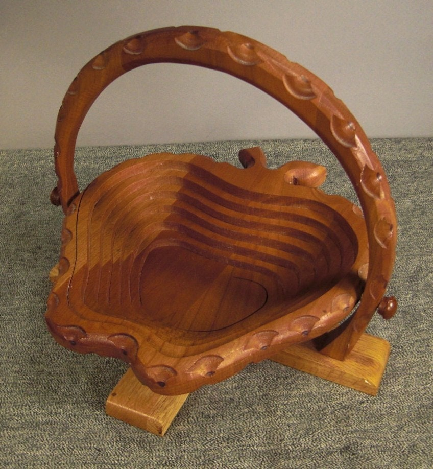 Handmade Collapsible Wooden Baskets : Strawberry wood basket folding flat handcrafted by