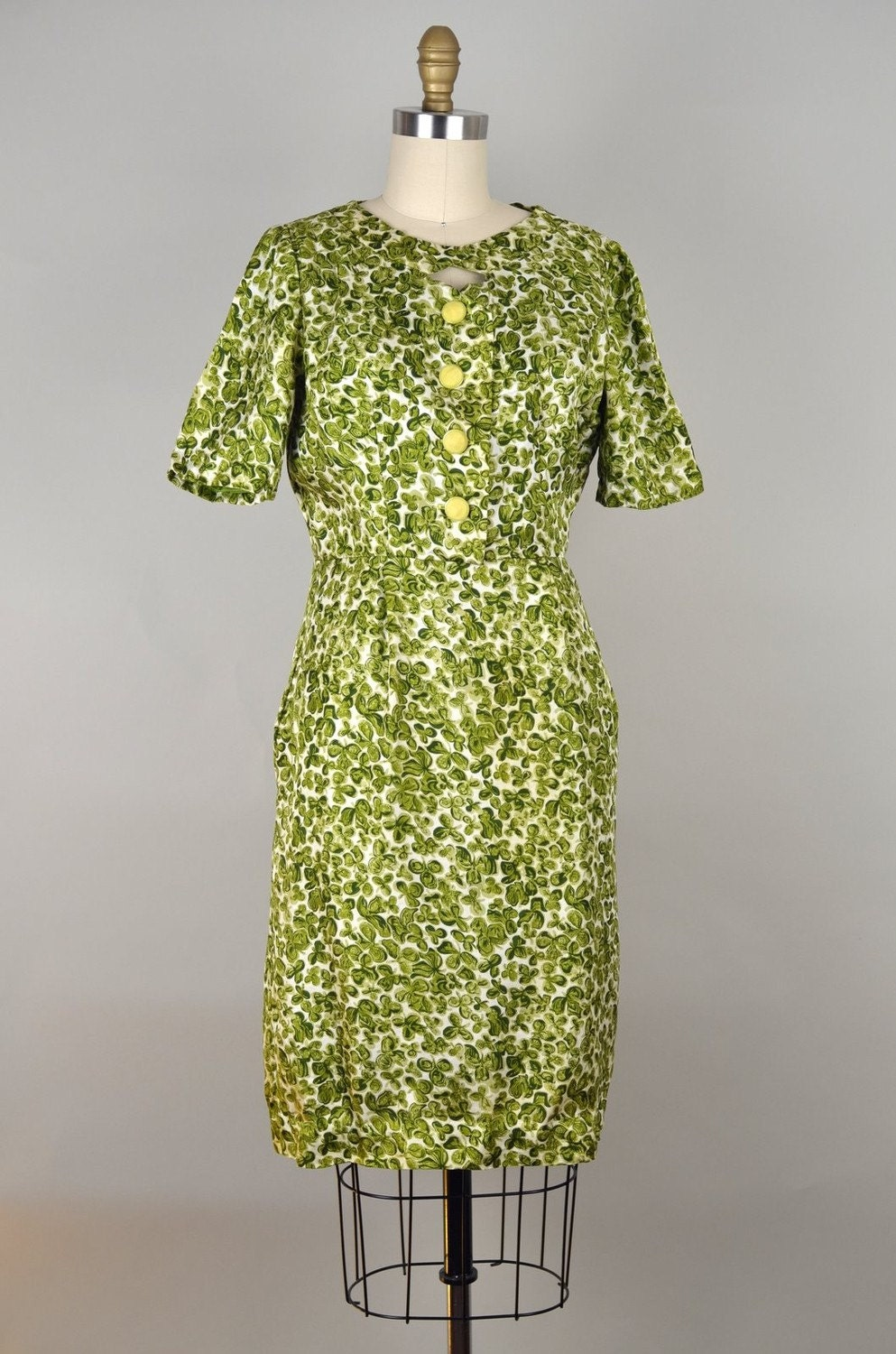 Vintage 1960s Olive Green Clover Pattern Wiggle Dress