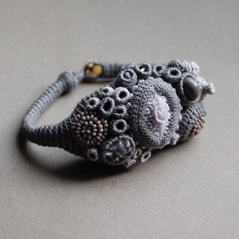 Exquiste coral bracelet