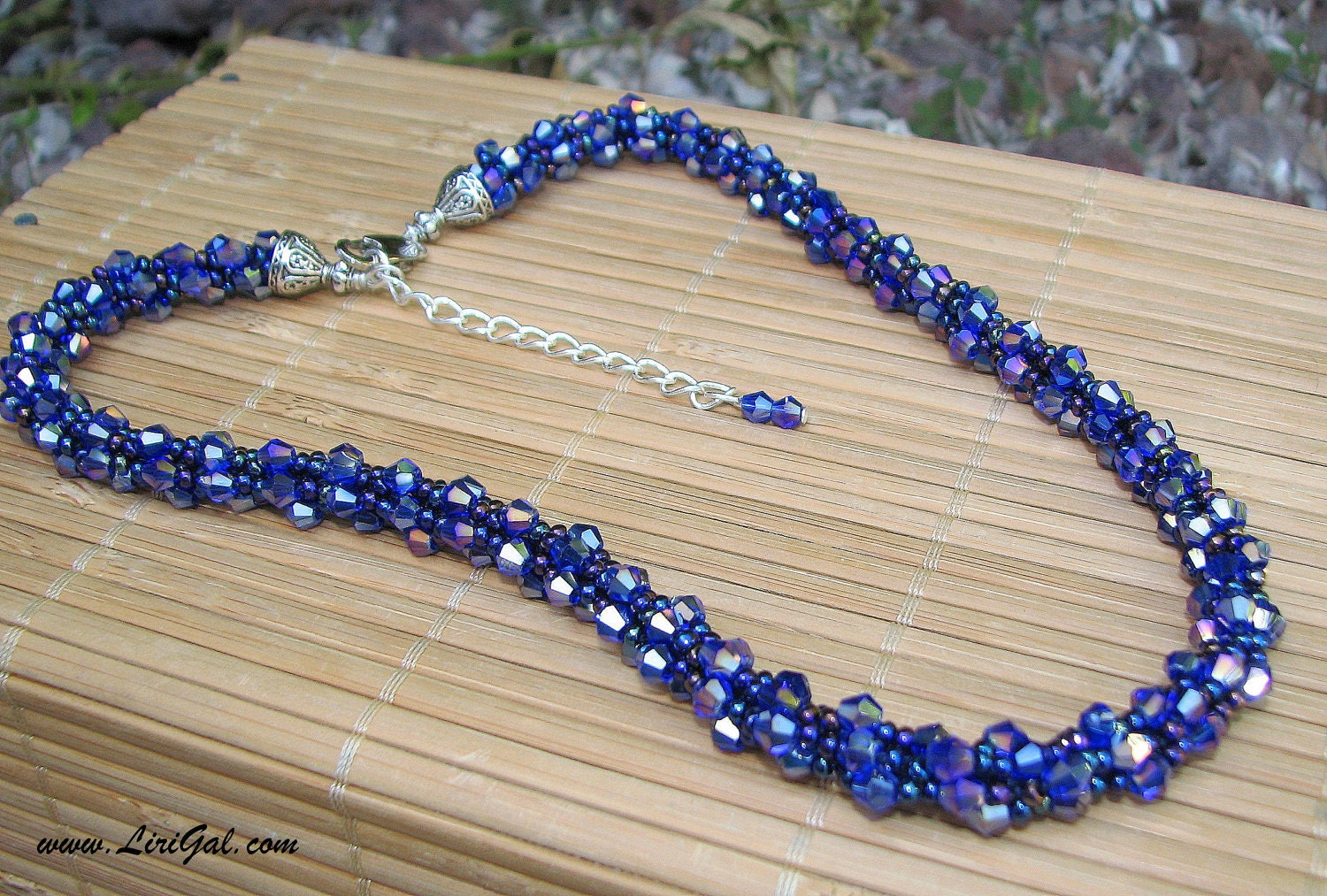 Niagara Falls. Blue Crystals Beaded Necklace