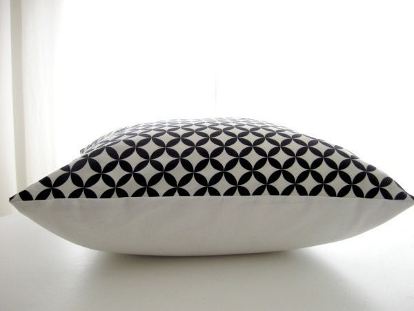 SALE Free shipping Diamond Eye black and white geometric designer pillow cover