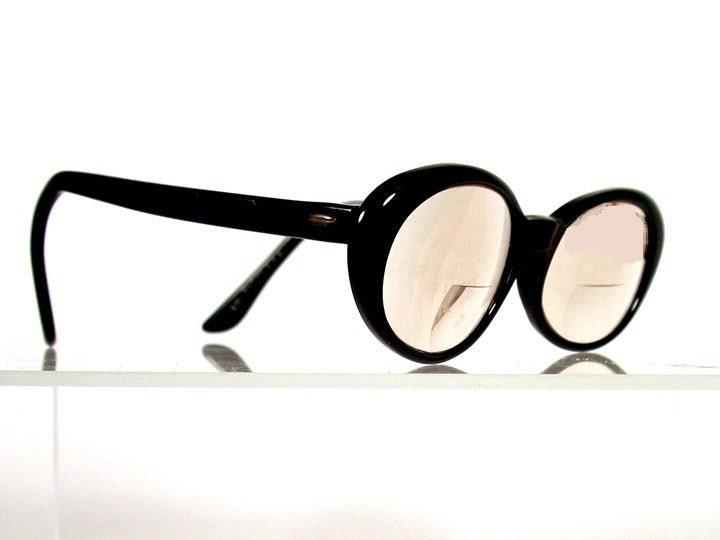 Vintage VICTORY Black Rounded Cat Eye Eyeglass Frames