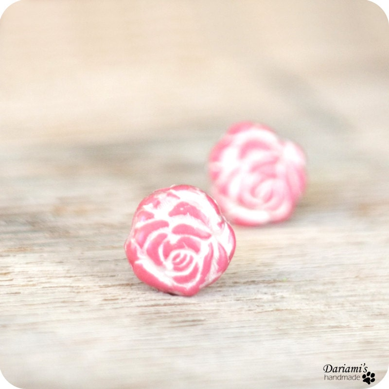 Post earrings - Pink Roses - Dariami