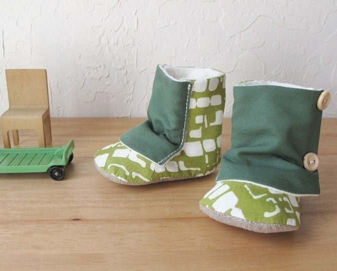 Organic Baby Boots. Leaf Green
