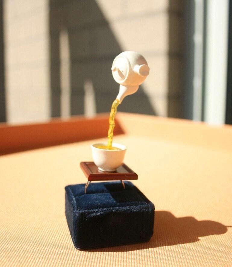 Japanese floating tea ring