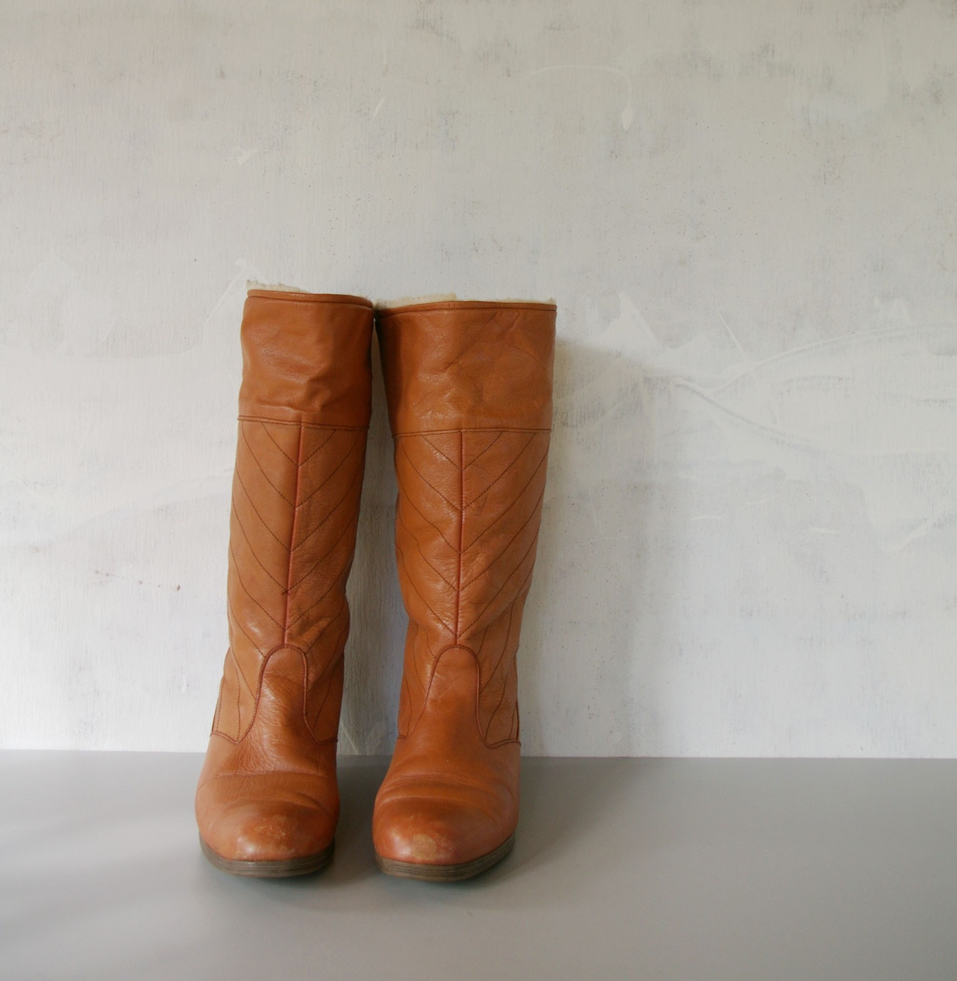 Vintage CARAMEL Wedge Winter Boots 85 by MariesVintage on Etsy
