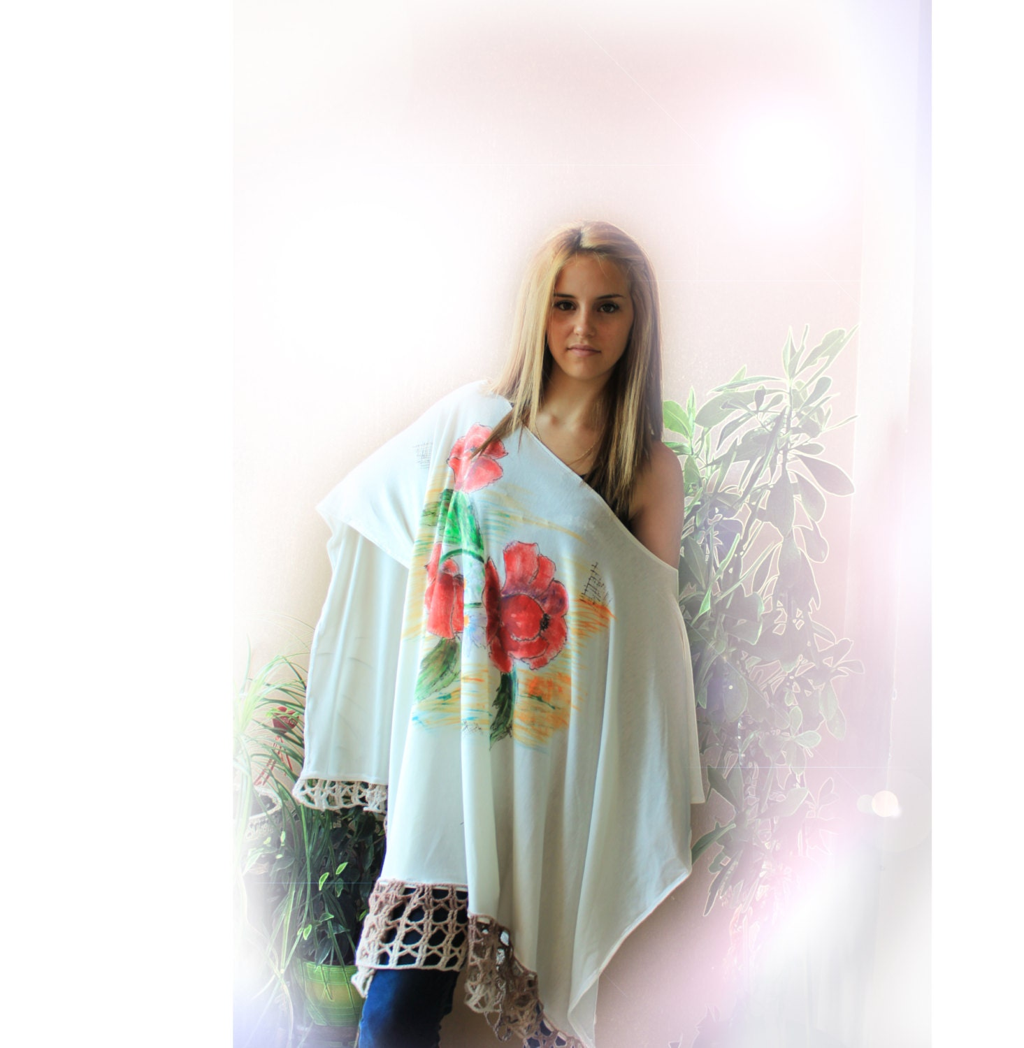 Fine Knitting Poncho, Hand Painted Poppy and Daisy Flowers, Cream Color, Hand Croced Lace Decorated, Autumn/ Winter / Spring, Women, OOAK - MKrisArt