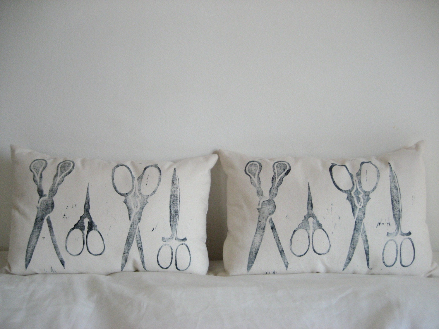 scissor pillows