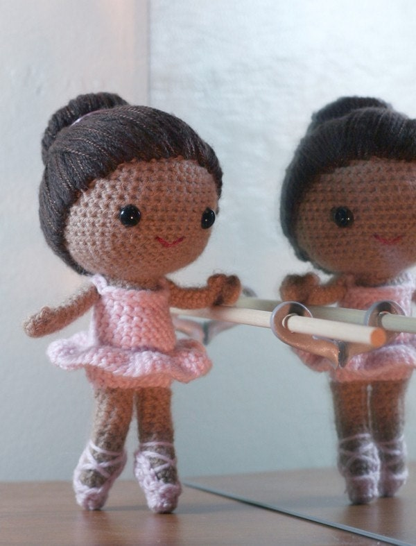 Crochet Doll Pattern Cute : Creative and Crafty Steenta: Cute Little Amigurumi ...
