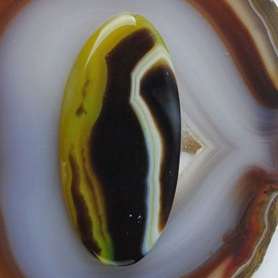 Oval Green Onyx Agate Pendant Bead, 59mm x 29mm - DESTASH