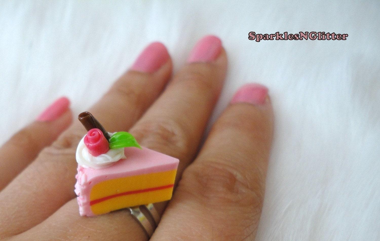 Strawberry Cake Ring