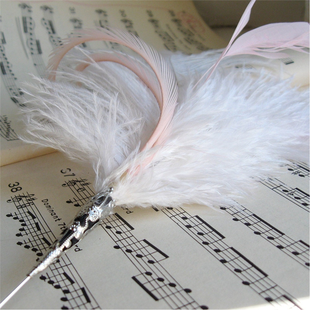 Feather Stickpin / Blush
