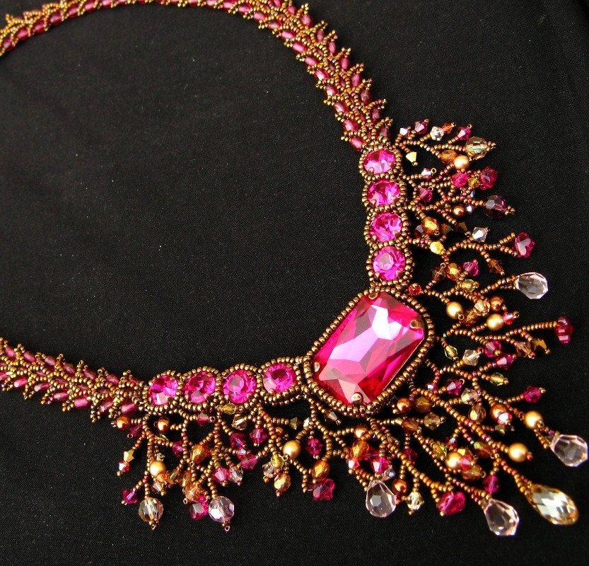 Majestic Magenta Necklace