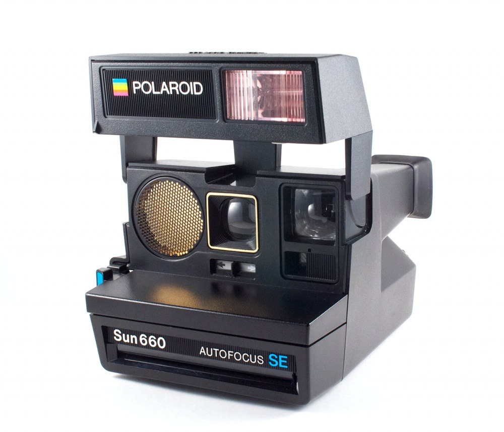 rare polaroid camera sun 660 autofocus se by thebabydynosaur. Black Bedroom Furniture Sets. Home Design Ideas