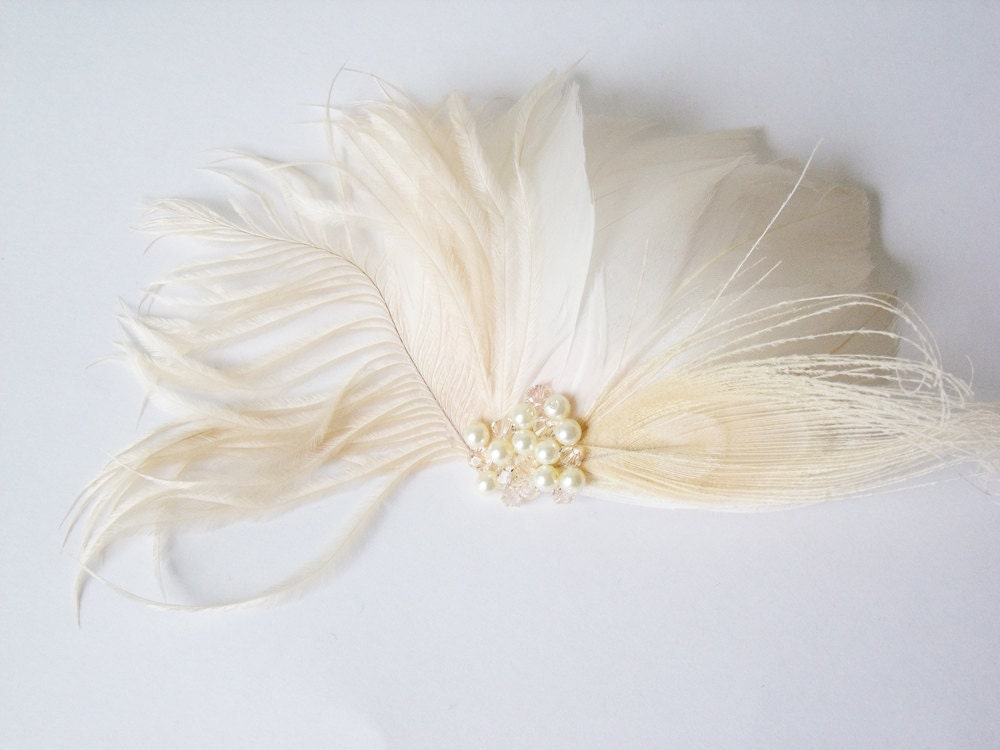 Bridal Feather Fascinator - Ivory Feather Comb - Blonde Ombre Feather Fascinator