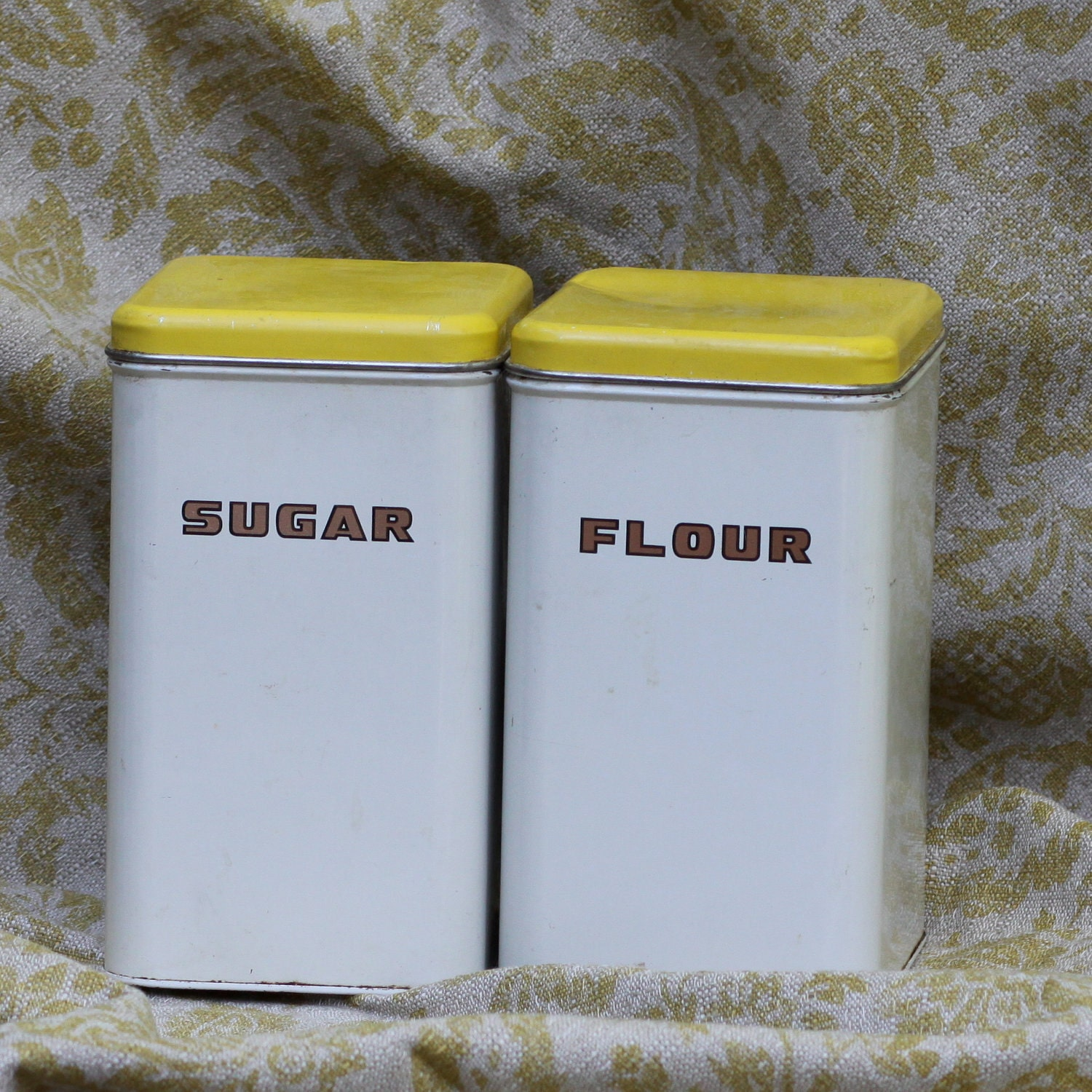 vintage flour and sugar containers by yellowbowl on etsy. Black Bedroom Furniture Sets. Home Design Ideas