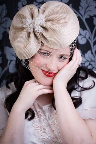 Ascot hat Cream hat 1950s hat veiled hat wedding hat cream hat mother of the bride
