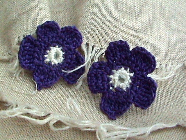 Violet earrings - elegant - floral earrings- handmade jewelry - surgical earring posts