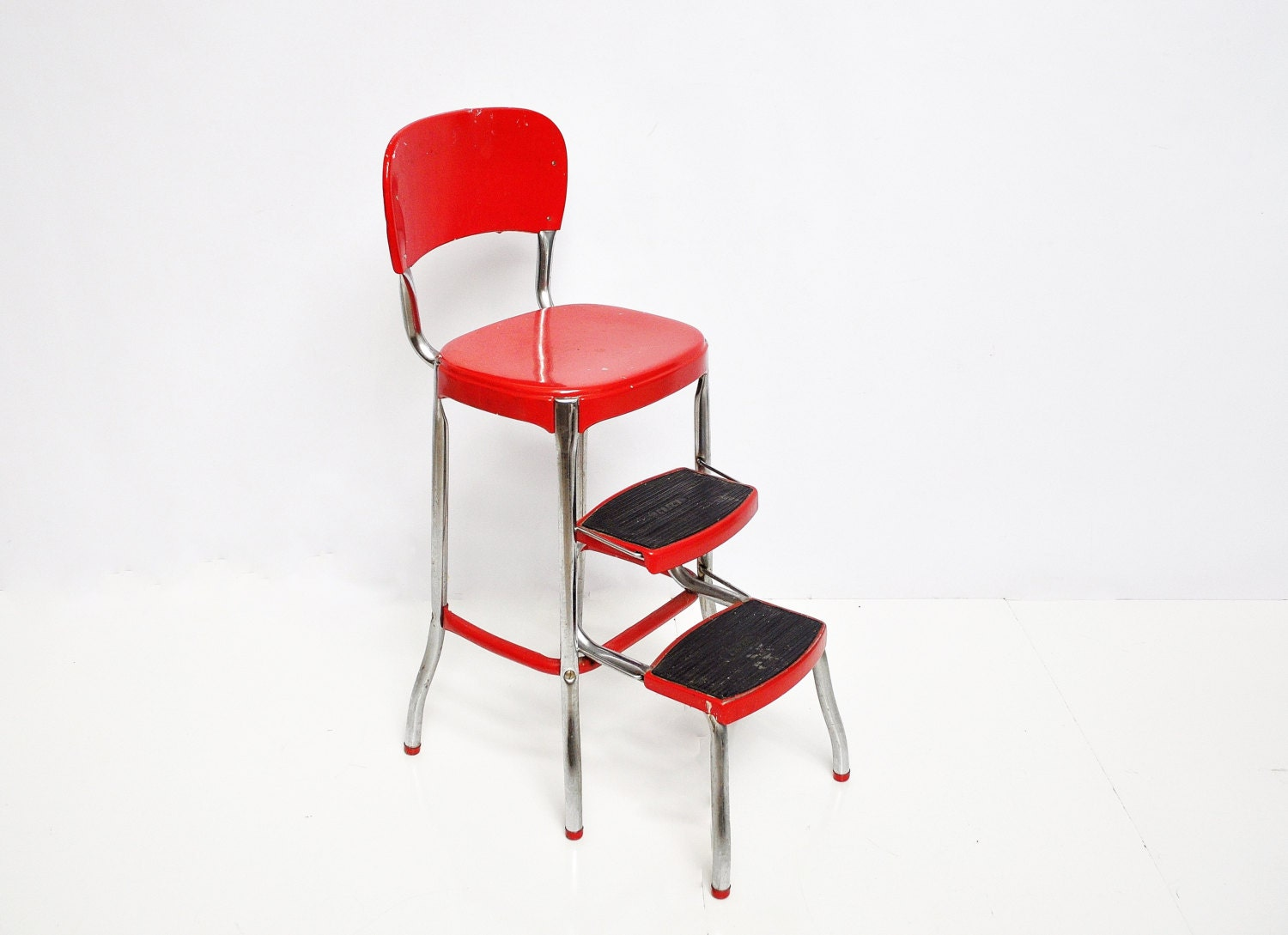 Red Cosco Stool - Mid-Century Kitchen Stool - thewhitepepper