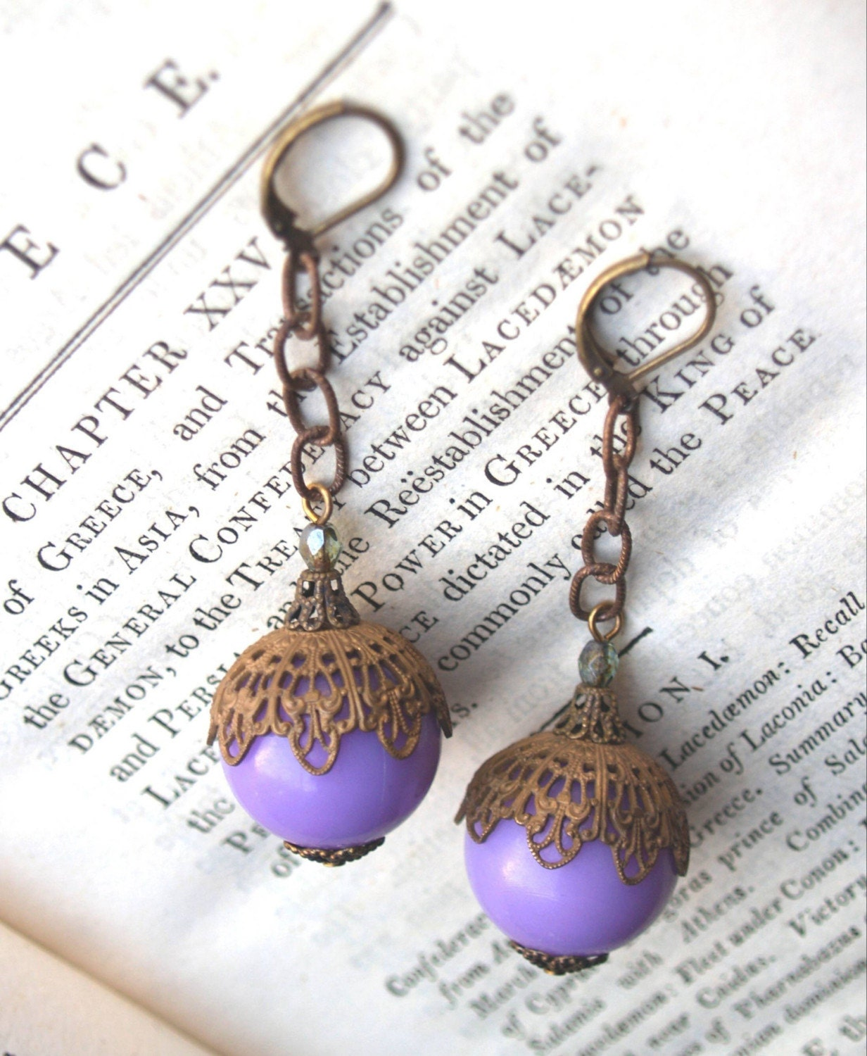 Vintage Fusion Lucite Earrings in Lilac