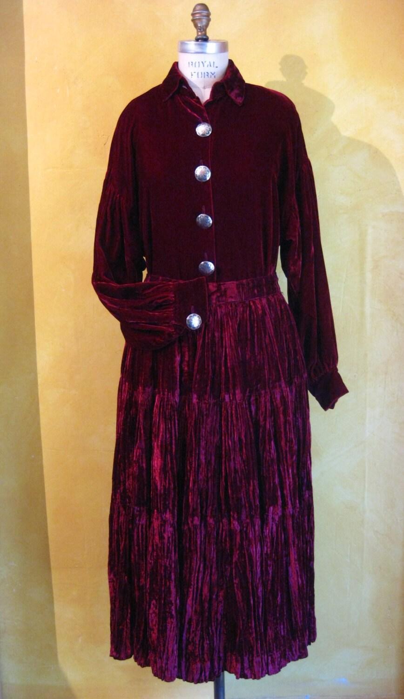 Velvet Skirt And Blouse 23