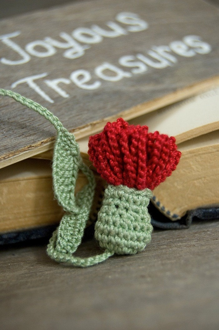 handmade crochet bookmark