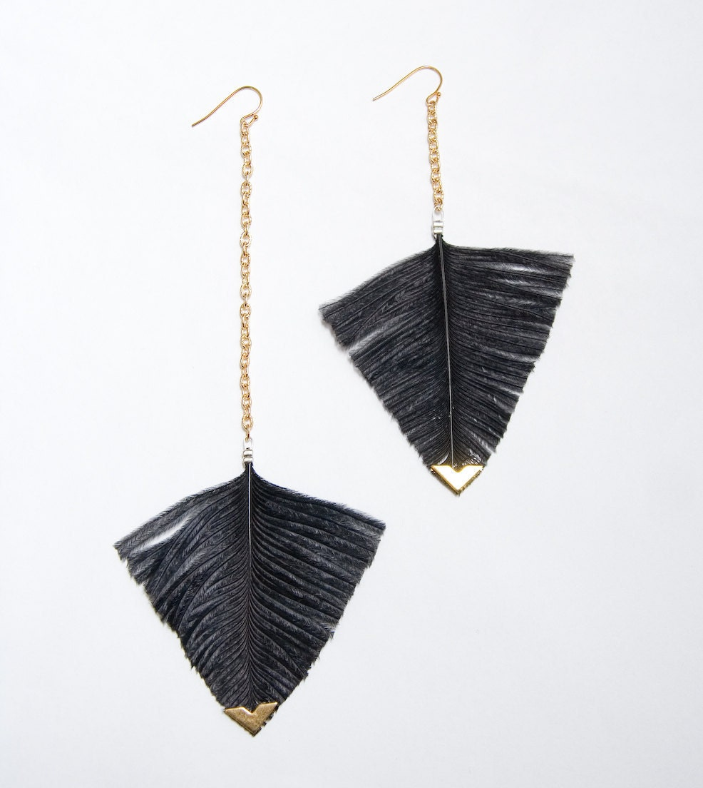 Statement Feather Earrings - Black Arrowhead Geometric Jewelry - Feather Earrings 3 . Blush Pink or Black feathers - noemiah