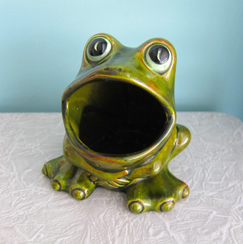 Frog sponge holder ceramic 1970 39 s by retrogirlredux on etsy - Frog sponge holder kitchen sink ...