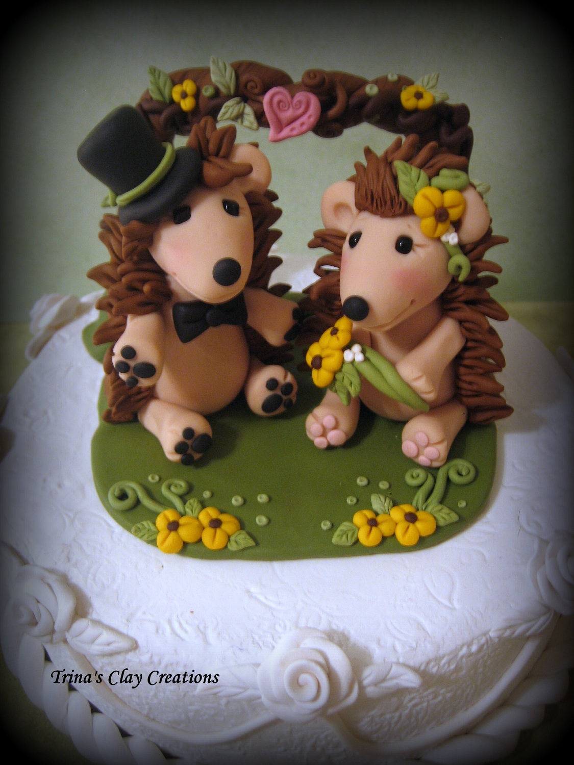 Wedding Cake Topper, Custom Cake Topper, Hedgehog with Flowers, Hedgehog Wedding Topper