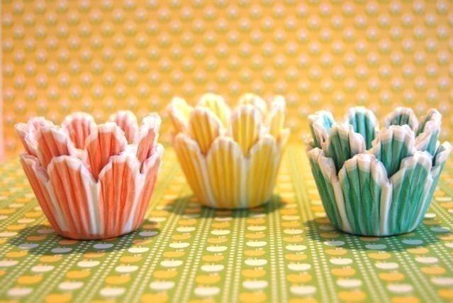 MINI Pretty Pastel Tulip Cupcake Liners (45)