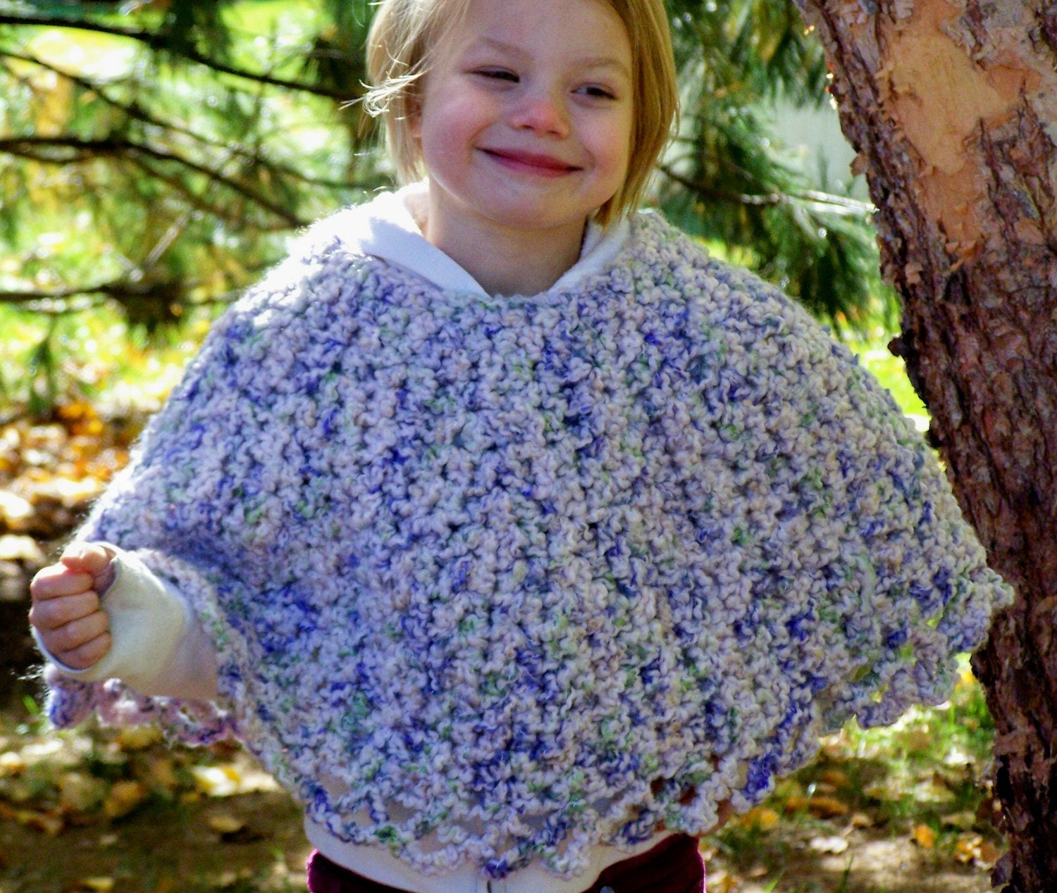 Child's Fleece Pinky Poncho