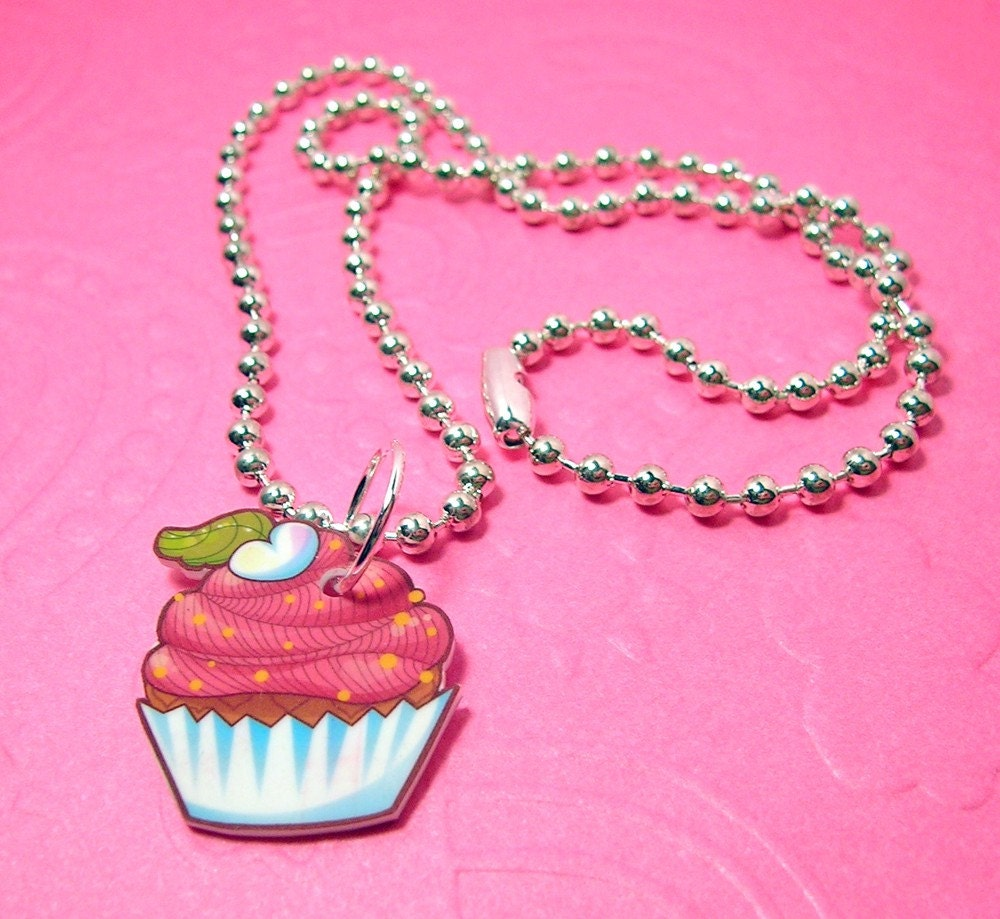 Pink Cupcake Necklace 18 inches