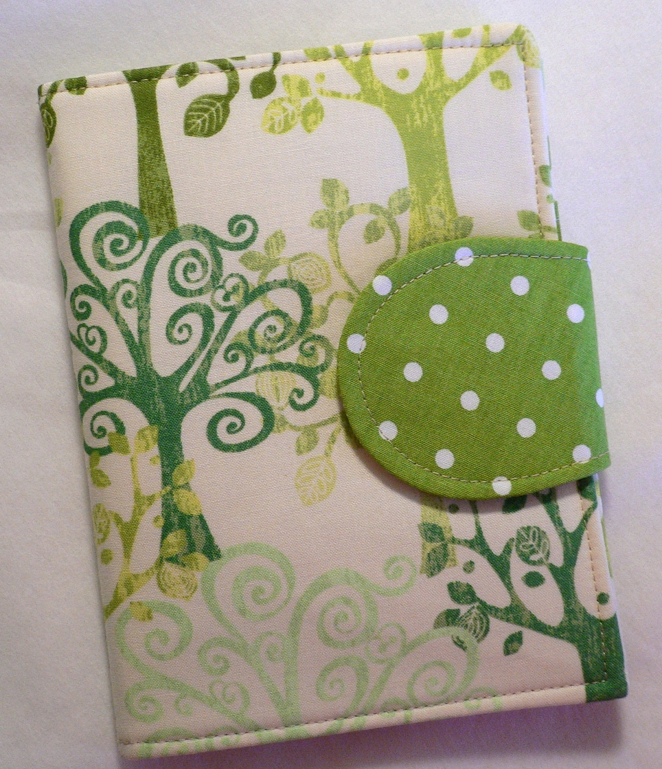 Made to Order, Love a Tree, Kindle Cover, Ereader cover, Book Style, Kindle Touch Cover, Kindle Fire Cover