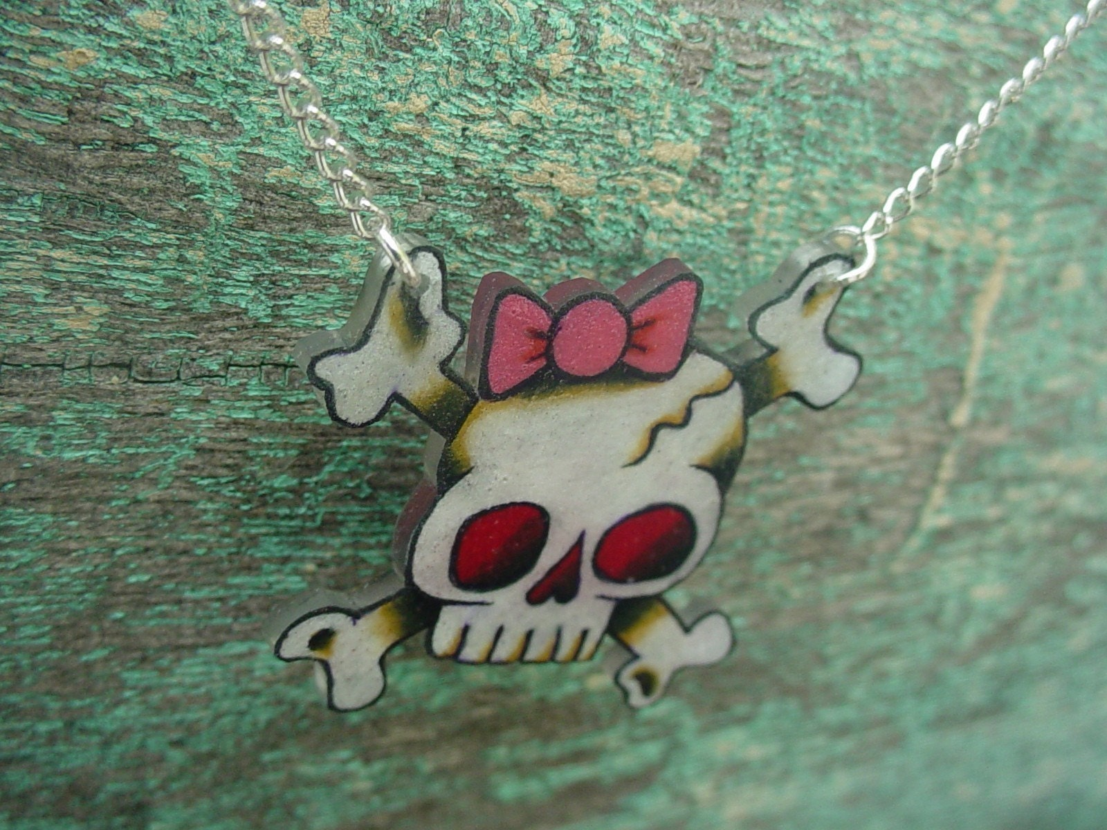cute girly skull with pink bow necklace