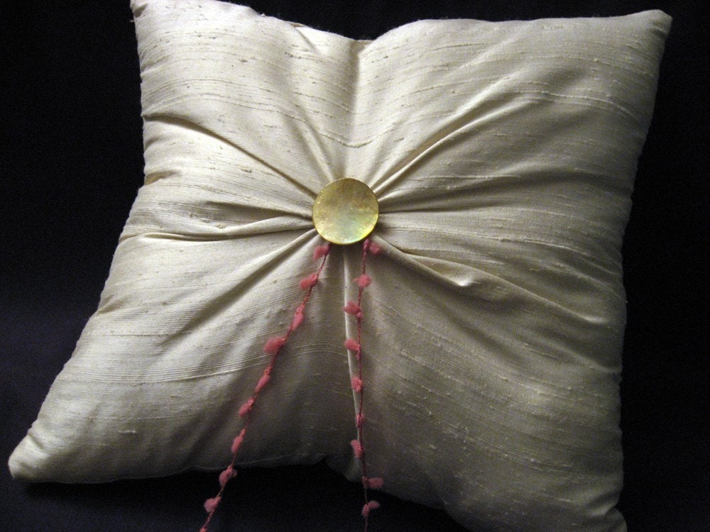 Champagne Ring Pillow